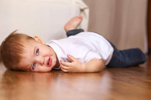 Triệu chứng bệnh động kinh ở trẻ nhỏ tuyệt đối không được chủ quan