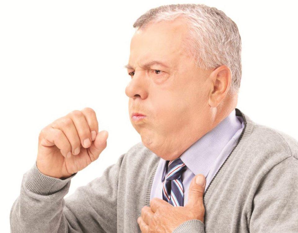 Chớ chủ quan với bệnh viêm phổi ở người già