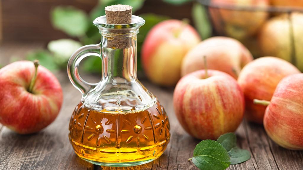 Vì sao cách chữa hôi miệng bằng giấm táo lại được nhiều người áp dụng?