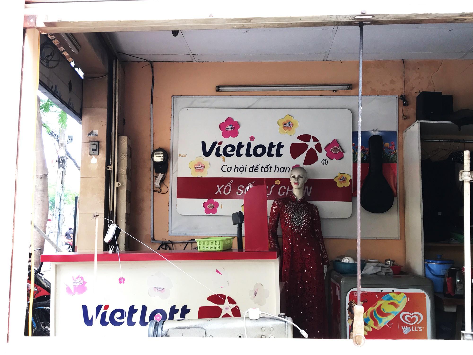 Đại lí Vietlott ế chỏng chơ, sống ghép các cửa hàng tiện lợi