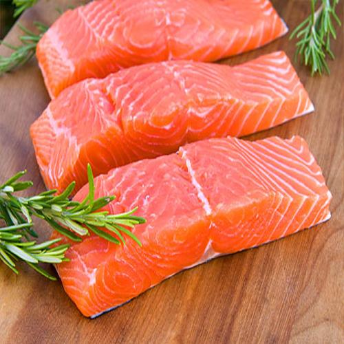 Những lợi ích khi cho mẹ và bé ăn cá hồi