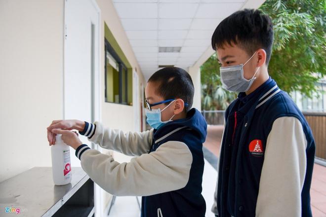 Nhiều tỉnh thành thông báo học sinh THPT đi học trở lại từ 2/3