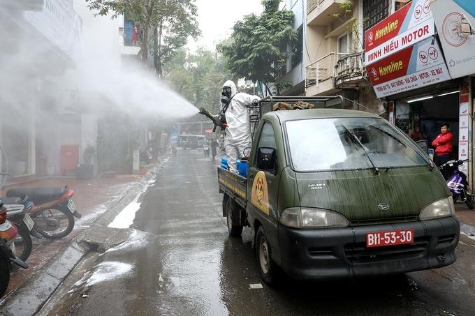 Thêm 5 ca nhiễm COVID-19 tại Việt Nam, Hà Nội có 2 ca ở quận Cầu Giấy và Hoàn Kiếm