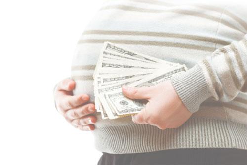 Mang thai hộ vì mục đích thương mại có thể bị phạt tiền lên đến 10 triệu