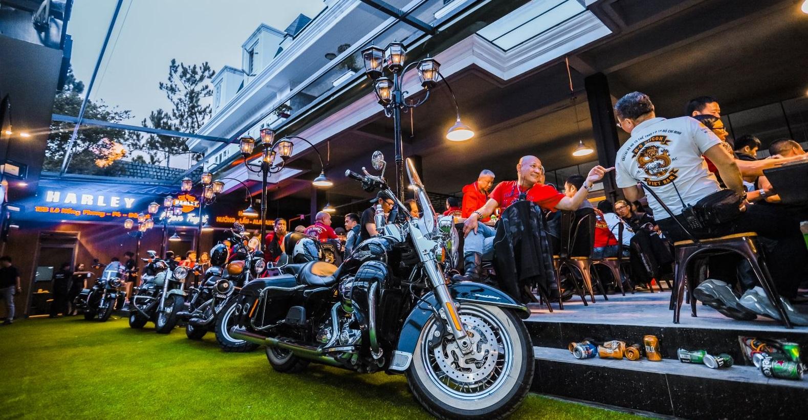 """Nhà hàng Restaurant & Harley tại Đà Lạt mang đậm phong cách """"xế cổ"""""""