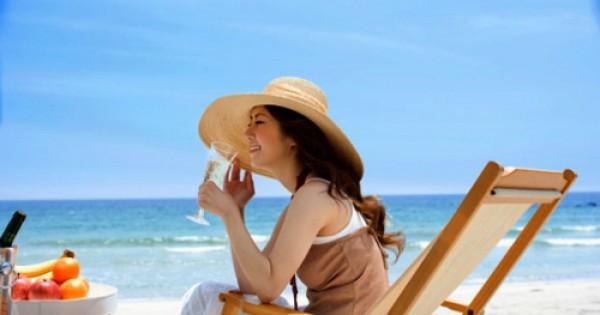 Trọn bộ bí kíp chăm sóc da khỏe đẹp khi đi du lịch