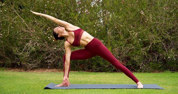 14 bài tập yoga tăng chiều cao giúp kéo dài chân mà không cần phẫu thuật