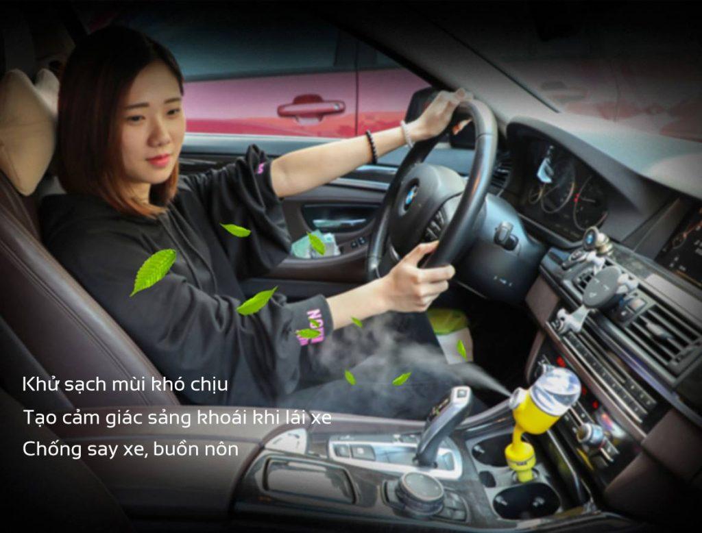 Bạn đã biết những mẹo khử mùi ô tô hiệu quả này chưa?