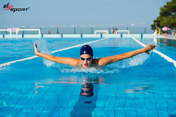 Cách tập nổi và tập thở khi bơi cho người mới bắt đầu