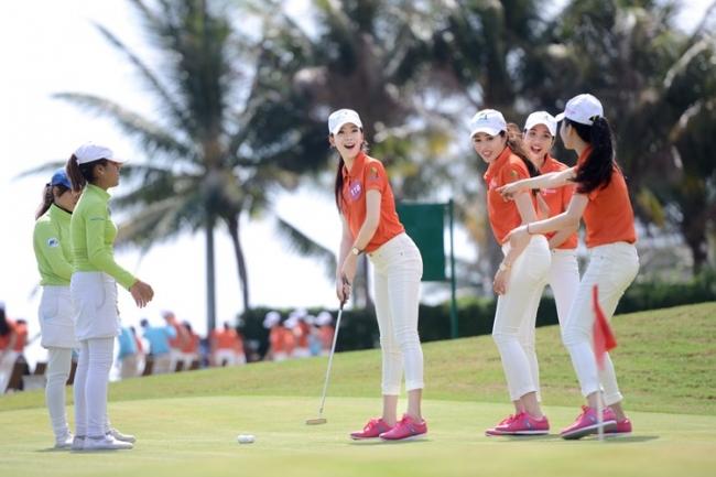 Cần chuẩn bị những gì đối với người mới tập chơi golf