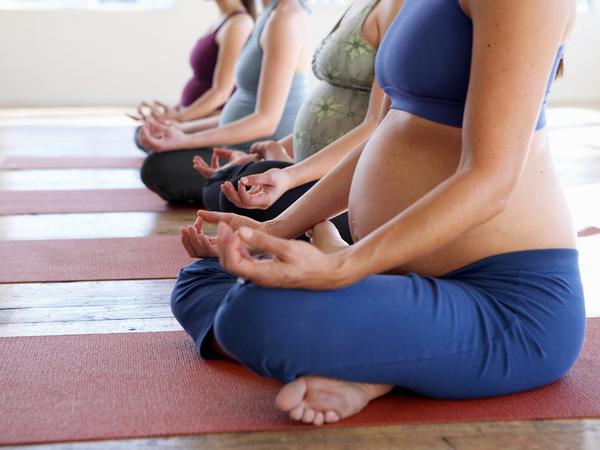 Nhớ ngay các bài tập yoga cho bà bầu giúp tăng cường sức khỏe